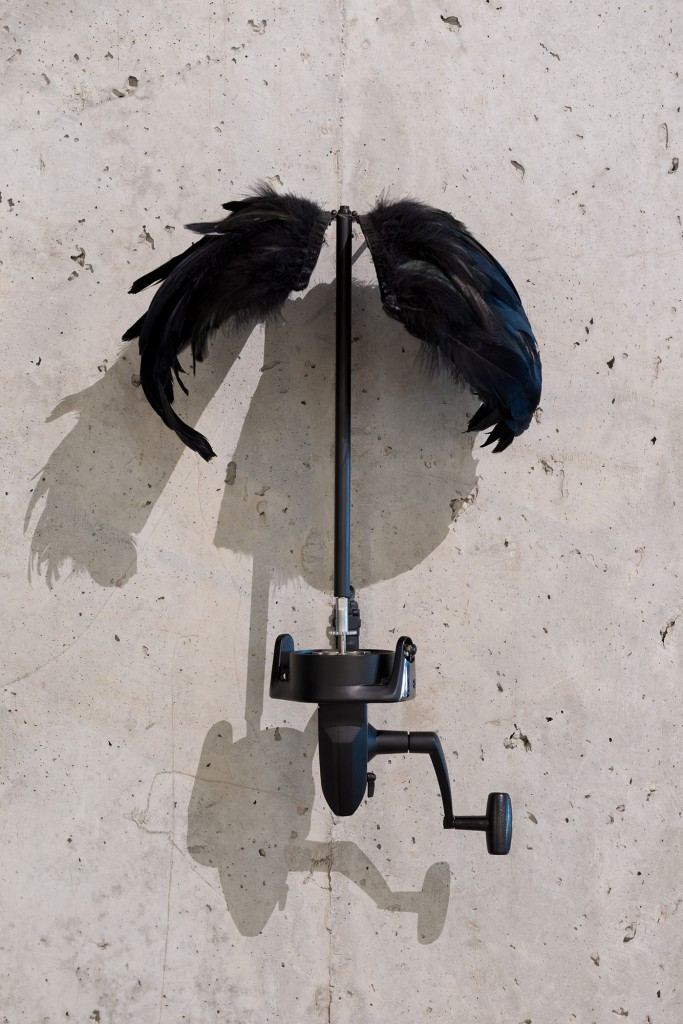 Teresa Henriques Wings Kinetic sculpture Mixed media Crank rod, metal, feathers Variable dimensions 2011 Courtesy of the artist and Rooster Gallery, NY Photograph by: Andreas Nader