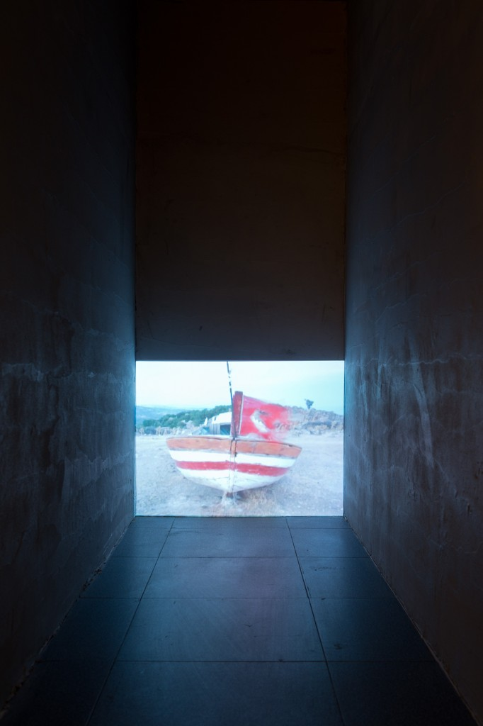 Yasemin Ozcan, Ashore, Video, 1', 5+1AP, 2014 Courtesy of artist, Photograph by: Andreas Nader